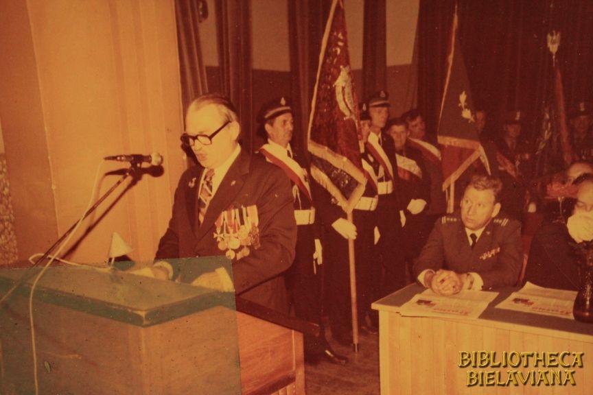 Przekazanie sztandaru 1978 Bielawa Bibliotheca Bielaviana (24)