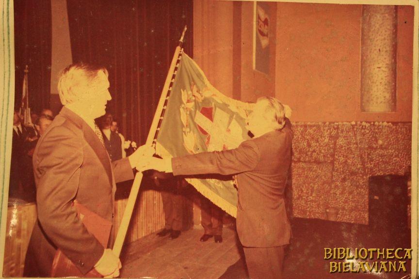 Przekazanie sztandaru 1978 Bielawa Bibliotheca Bielaviana (28)