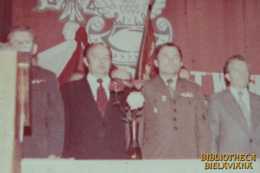 Przekazanie sztandaru 1978 Bielawa Bibliotheca Bielaviana (3)